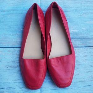 Maripe Jenny too red square toe flats size 9